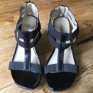 Kenneth Cole Reaction Black Patent Wedge Sandal